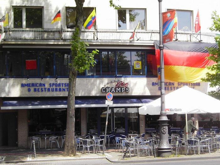 Koeln, Rudolfplatz, Sportbar 'Champs'