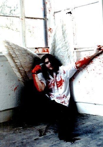 http://img.liveinternet.ru/images/attach/1/10426/10426652_suicidal_angel.jpg