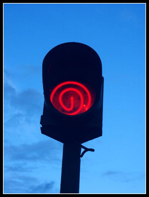красный свет.jpg (504x664, 30Kb)