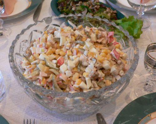 салат с кириешками.jpg (500x396, 39Kb)