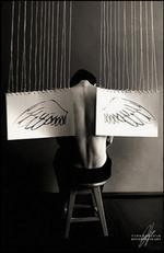 ангел в бумажными крыльями.JPG (150x231, 6Kb)