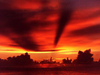 sunset.jpg (100x75, 8Kb)