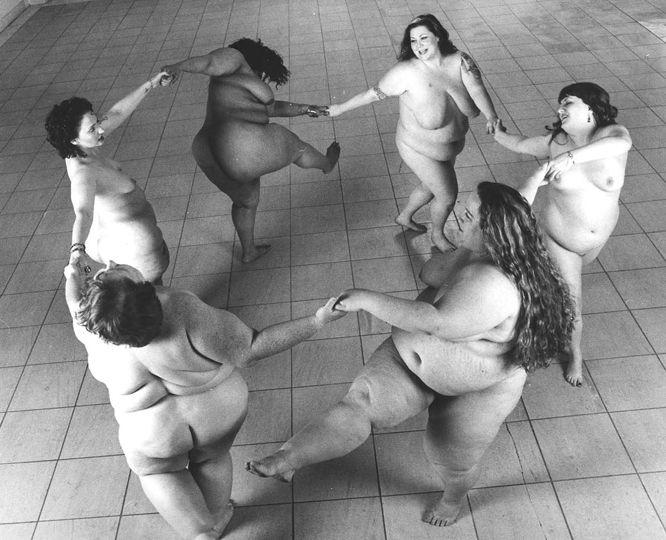 dancing_girls.jpg (666x540, 72Kb)