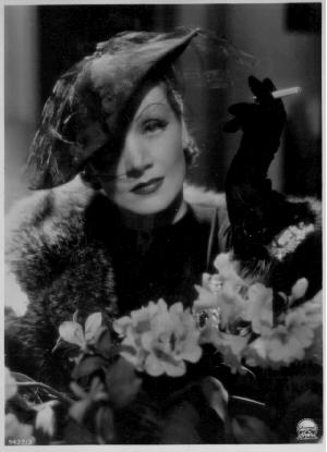 Dietrich3.jpg (300x415, 53Kb)
