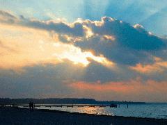 sunonocean.jpg (240x180, 7Kb)