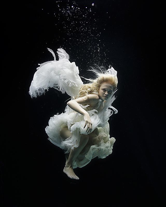 angel-(i).jpg (640x800, 330Kb)