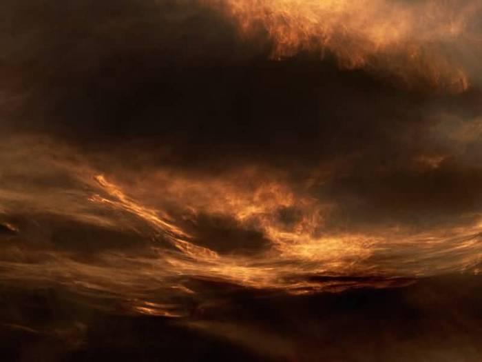 Небесная буря.jpg (700x525, 21Kb)