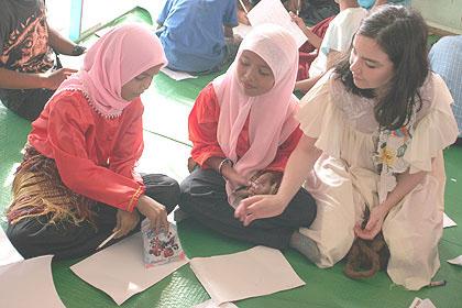 Bjork in indonrsia.jpg (420x280, 70Kb)