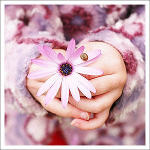 6175794_5296182_Her_Flower_1.jpg (300x300, 28Kb)