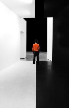 стены  чёрные  белые.jpg (243x376, 10Kb)