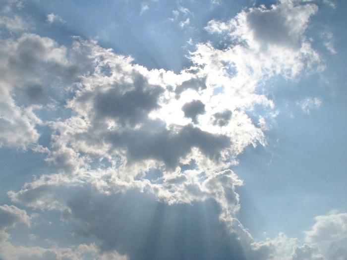 nuages.jpg (700x525, 117Kb)