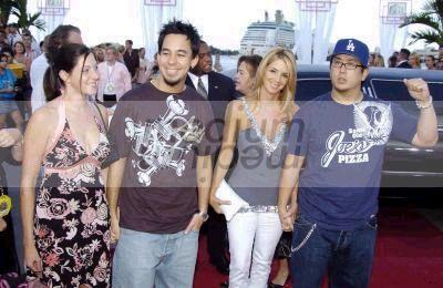 2004 Video Music Awards.jpeg (400x260, 27Kb)