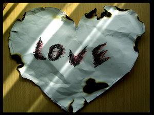 Love опаленная картинка.jpg (300x225, 19Kb)