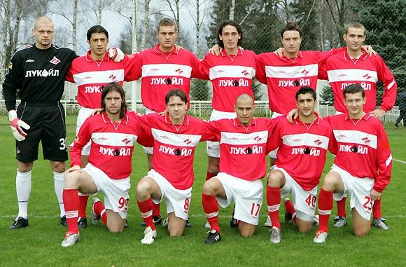 Spartak Moskva 2004_fall.jpg (580x381, 74Kb)