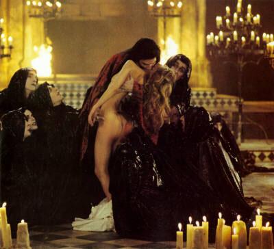 theatre_des_vampires.jpg (400x364, 36Kb)