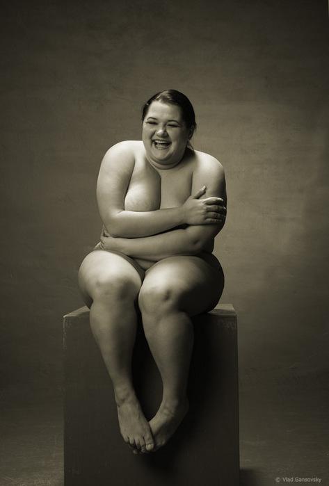 Голые толстушки душ топик