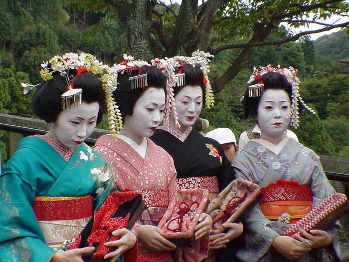 http://img.liveinternet.ru/images/attach/4/11421/11421826_Geisha20girls.jpg